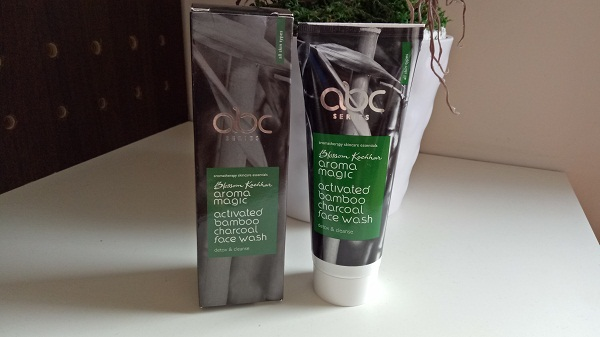 aroma-magic-activated-bamboo-charcoal-face-wash