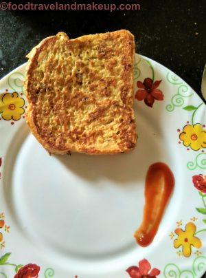 foodtravelandmakeup.com egg besan toast (13)
