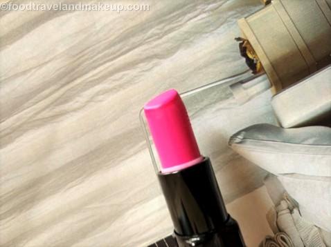 foodtravelandmakeup-com-inglot-matte-lipstick-421-4