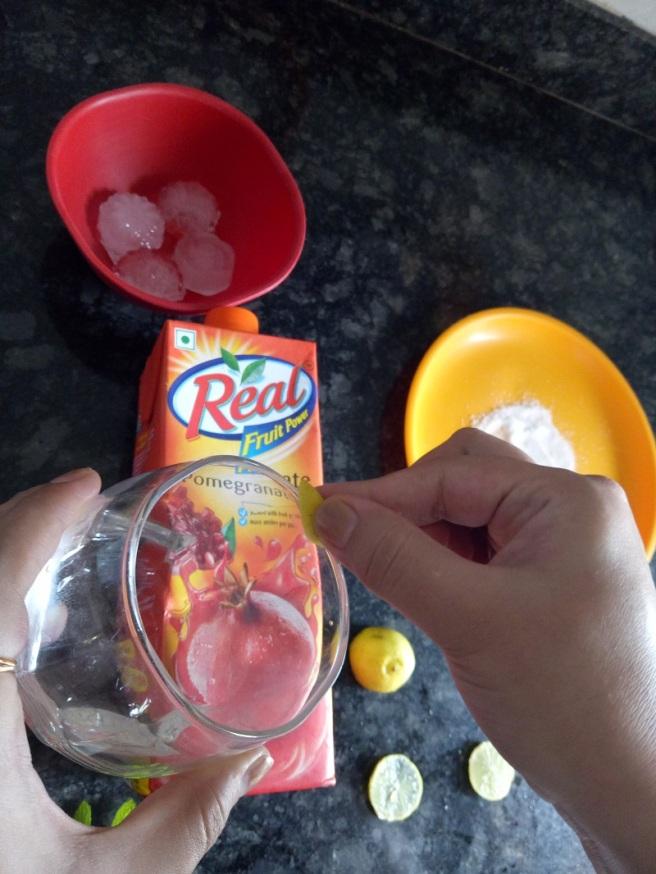 foodtravelandmakeup Pomegranate Mint Mocktail Recipe Step 1.jpg