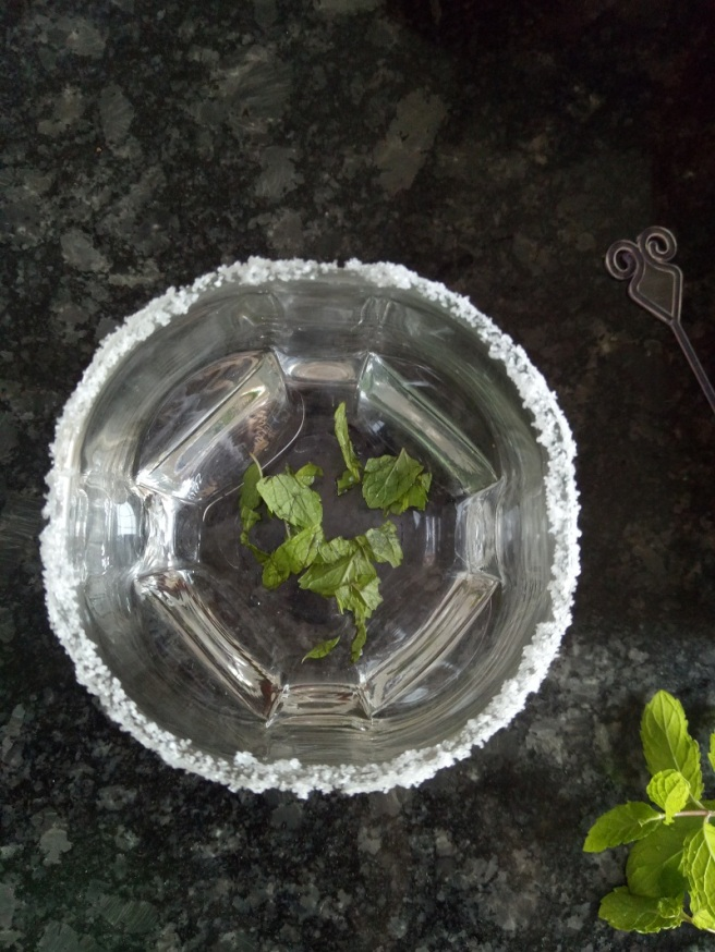 foodtravelandmakeup Pomegranate Mint Mocktail Recipe Step 3.jpg
