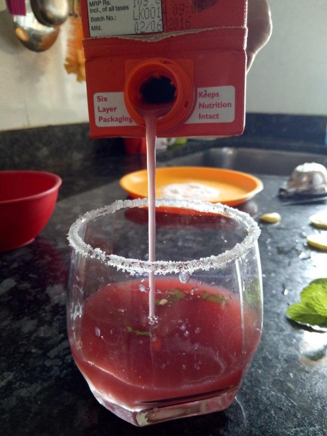 foodtravelandmakeup Pomegranate Mint Mocktail Recipe Step 5.jpg