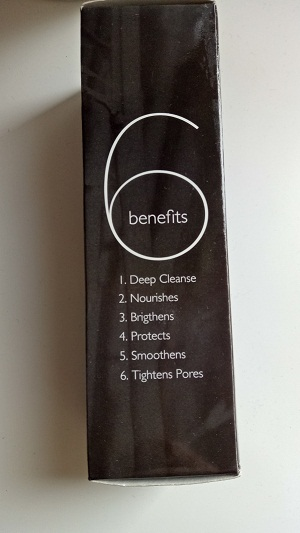 aroma magic activated bamboo charcoal face wash 6 benifits.jpg