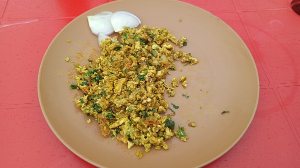 weekend-gateway-saputara-local-food-egg-bhurji
