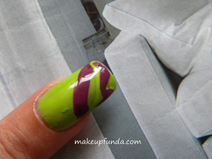 Nail Art Coloroma Step 2