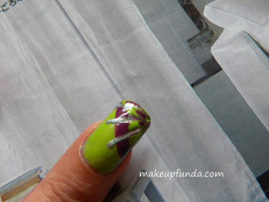 Nail Art Coloroma Step 3