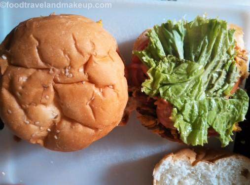 bhajia-burgerfoodtravelandmakeup-com-12