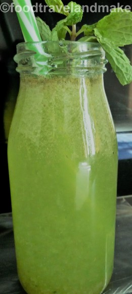 kiwi-lemonade-soda-foodtravelandmakeup-com-5