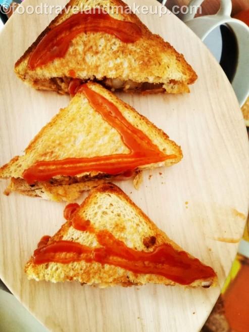 mushroompotato-sandwich-foodtravelandmakeup-com-11