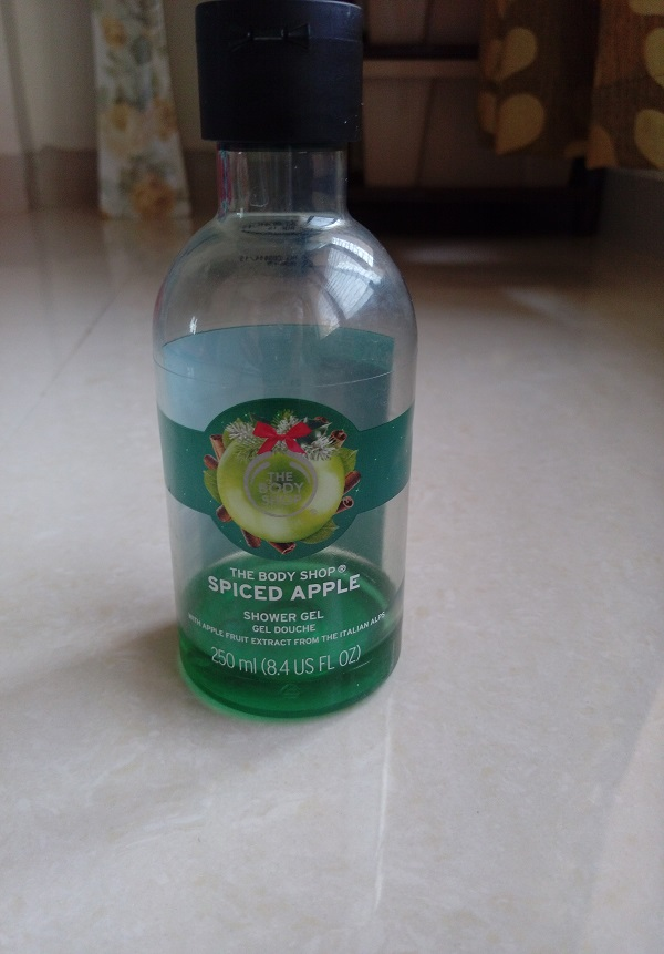 foodtravelandmakeup the body ship spiced apple shower gel