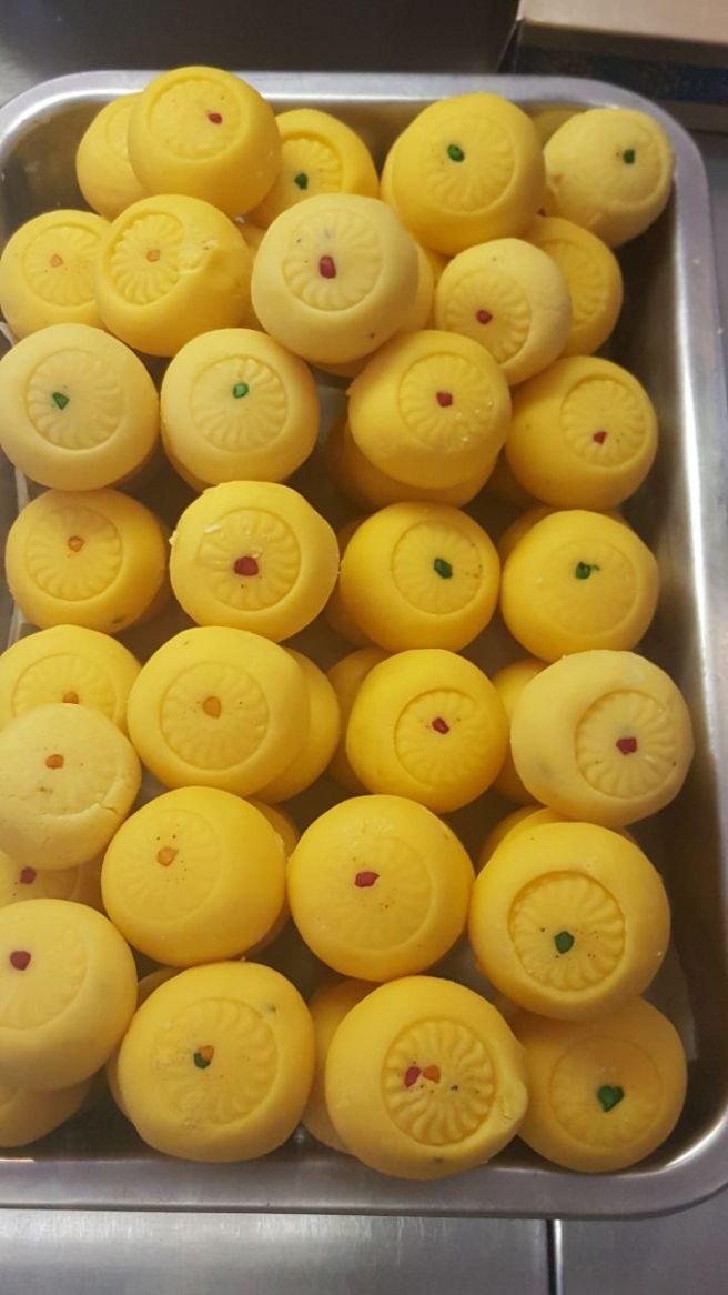 foodtravelandmakeup Indian Sweet Kesari Peda