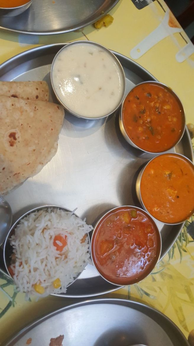 foodtravelandmakeup Indian Veg Thali